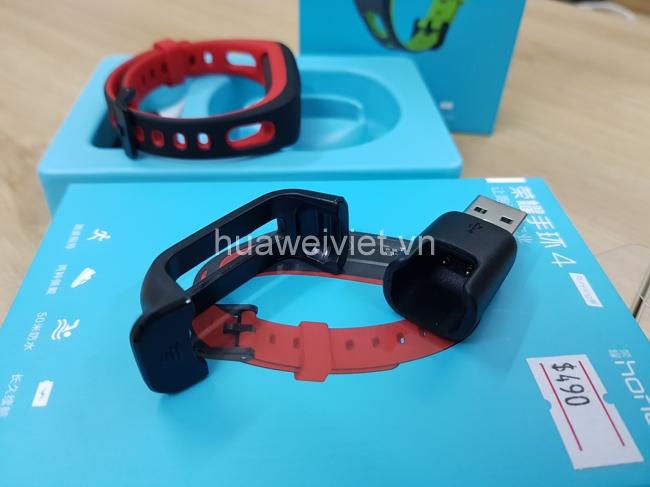 vòng đeo tay thông minh Huawei Honor Band Running Edition