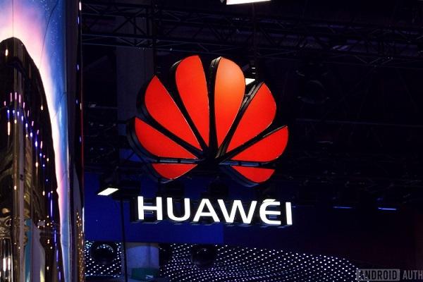 """Google cắt đứt quan hệ với Huawei: """"Công tắc tiêu diệt"""" cho tham vọng điện thoại thông minh toàn cầu của công ty Trung Quốc"""