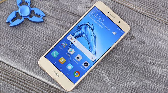 thay ép mặt kính màn hình Huawei Y7 Prime chính hãng giá rẻ