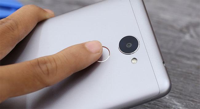 thay thế nắp lưng Huawei Y7 prime chính hãng giá rẻ