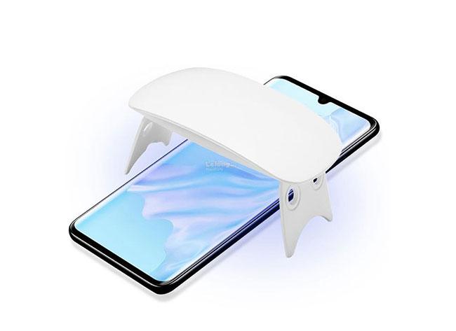 Hướng dẫn chi tiết cách dán kinh kính cường lực full keo UV cho điện thoại Huawei dễ dàng thực hiện tại nhà