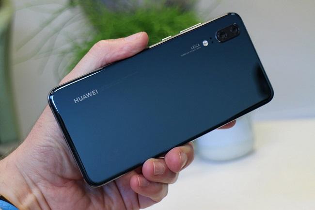 thay thế nắp lưng Huawei P20 chính hãng giá rẻ lấy ngay
